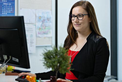 Mari Martikainen on Kouvolan Asuntojen viestintä- ja markkinointiasiantuntija.